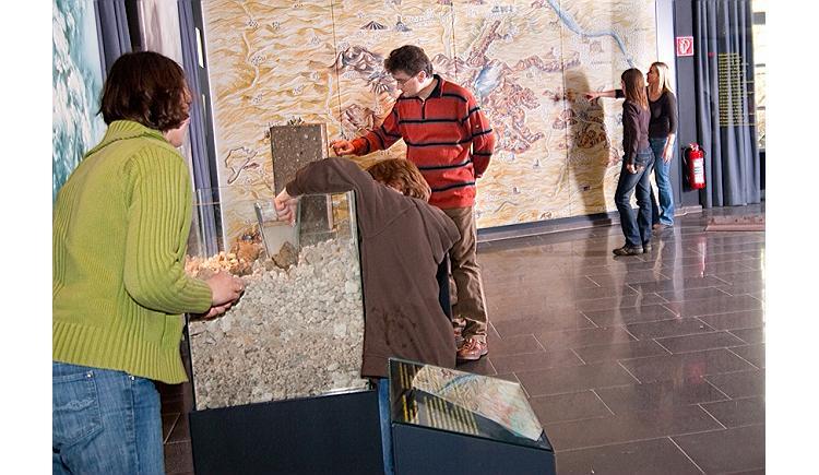kindergeburtstag feiern im vulkanpark kindergeburtstag auf kids. Black Bedroom Furniture Sets. Home Design Ideas
