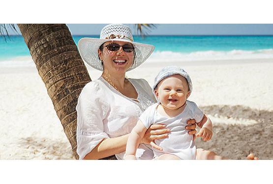 Urlaub mit Baby: die besten Reiseziele und Tipps fürs Reisegepäck