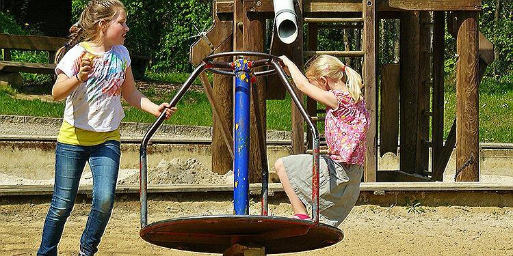 Die besten Spaßaktivitäten im Freien für Kinder