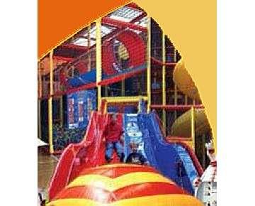 indoorspielplatz froggyland f r familien mit kindern in reutlingen ausflugsziele auf kids. Black Bedroom Furniture Sets. Home Design Ideas