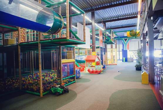 indoor klettern seite 5 ausflugsziele freizeitangebote feriencamps uvm auf kids. Black Bedroom Furniture Sets. Home Design Ideas